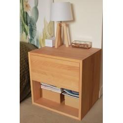 Table de chevet - cube de rangement avec tiroir en bois de hêtre massif huilé. L50/H50/P40cm