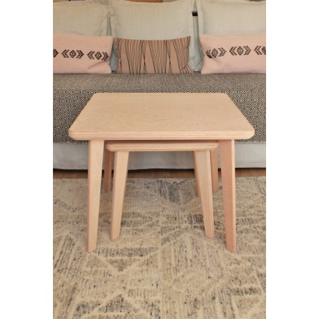 2 tables basses gigognes carrées en hêtre massif