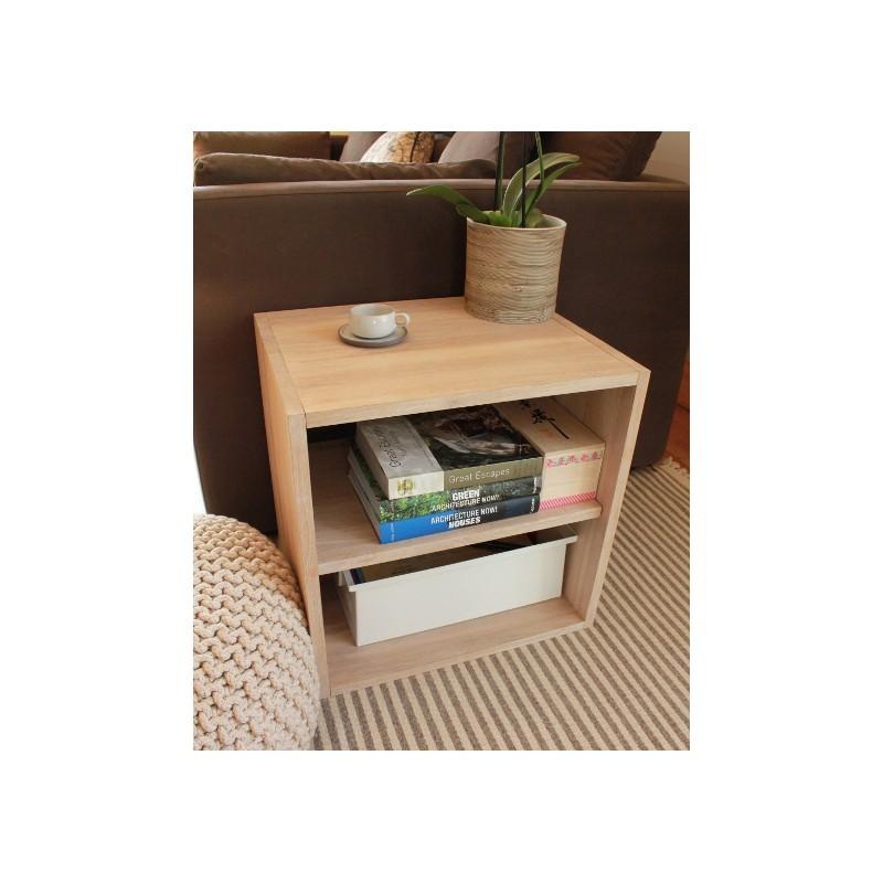 cube de rangement avec tag re en bois de ch ne massif blanchi. Black Bedroom Furniture Sets. Home Design Ideas